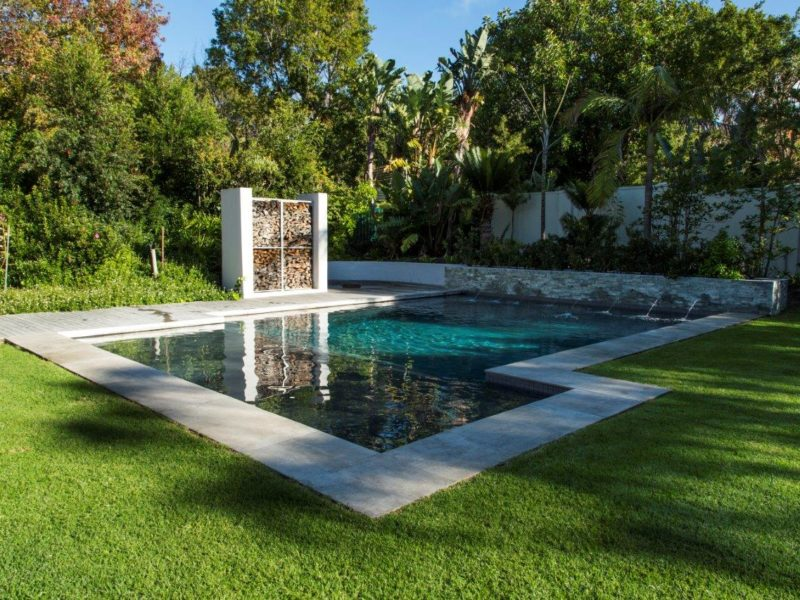 Bespoke gunite pool illustrating the freedom you have with the pool shape when going gunite.