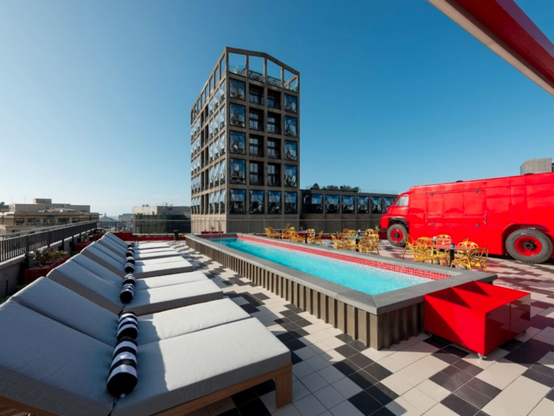 Stunning lap pool completed at the Raddison Red Hotel, top of Silo number 6 at the Victoria and Alfred Waterfront in Cape Town.